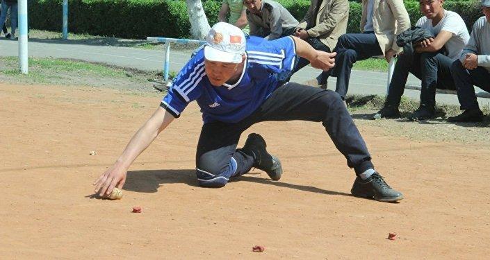 Первенство состоялось с участием восьми команд со всех регионов республики, а также из Бишкека и Оша