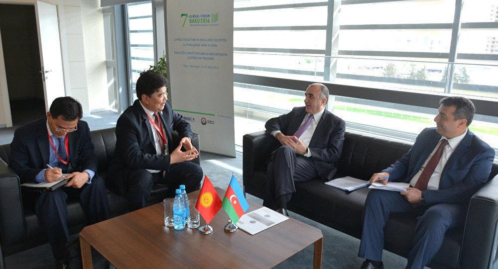 Глава МИД АР встретился с министром культуры Кыргызстана
