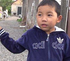 Почему ребенку запрещают бегать и прыгать — об Акылбеке из Кызыл-Аскер