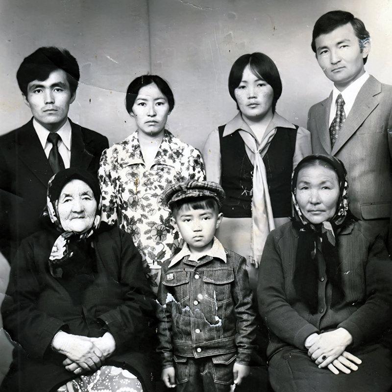 Основатель компании Шоро Табылды Эгембердиев с семей