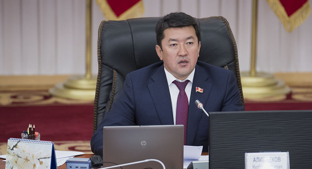 Нурбек Алимбеков: кытай-кыргыз алакасына доо кетпесин деп вице-спикерликтен кеттим