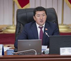 Жогорку Кеңештин вице-спикери Нурбек Алимбековдун архивдик сүрөтү