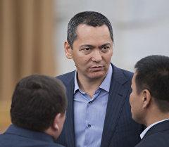 Республика — Ата-Журт фракциясынын лидери Өмүрбек Бабановдун архивдик сүрөтү