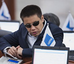 КСДП фракциясынын депутаты Дастан Бекешев. Архив