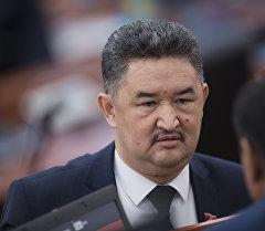 ЖК депутаты Алмазбек Баатырбековдун архивдик сүрөтү