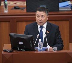 Кыргызстан фракциясынын лидери Канатбек Исаевдин архивдик сүрөтү
