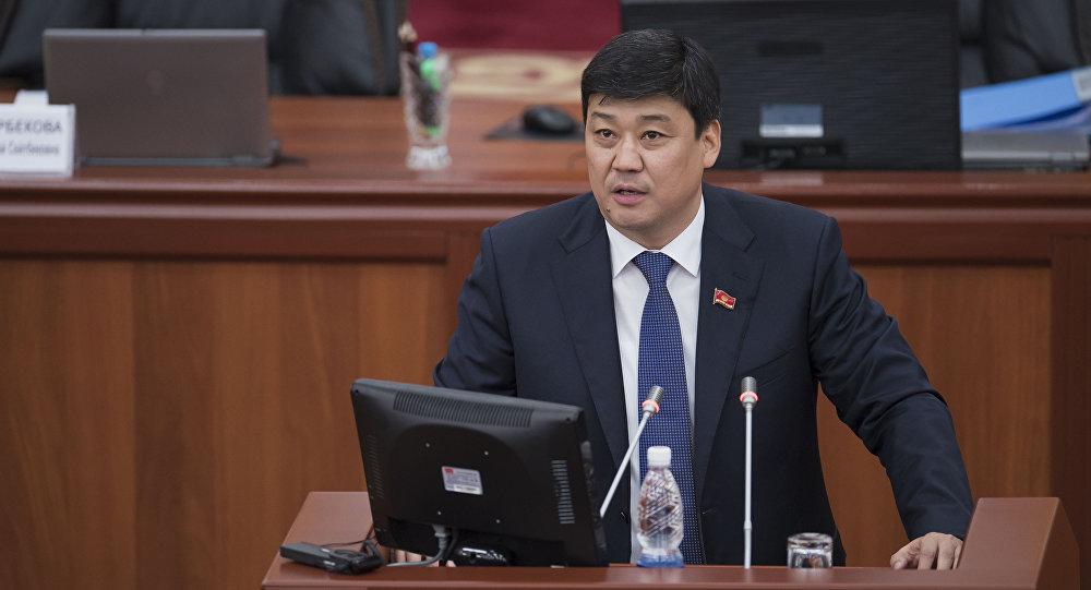 Архивное фото депутата Жогорку Кенеша Бакыта Торобаева