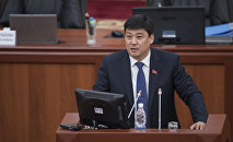 Жогорку Кеңештеги Өнүгүү — Прогресс фракциясынын лидери Бакыт Төрөбаевдин архивдик сүрөтү