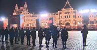 Торжественный марш и бронетехника – ночная репетиция парада Победы в Москве