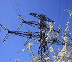Высоковольтные линии электропередач. Архивное фото
