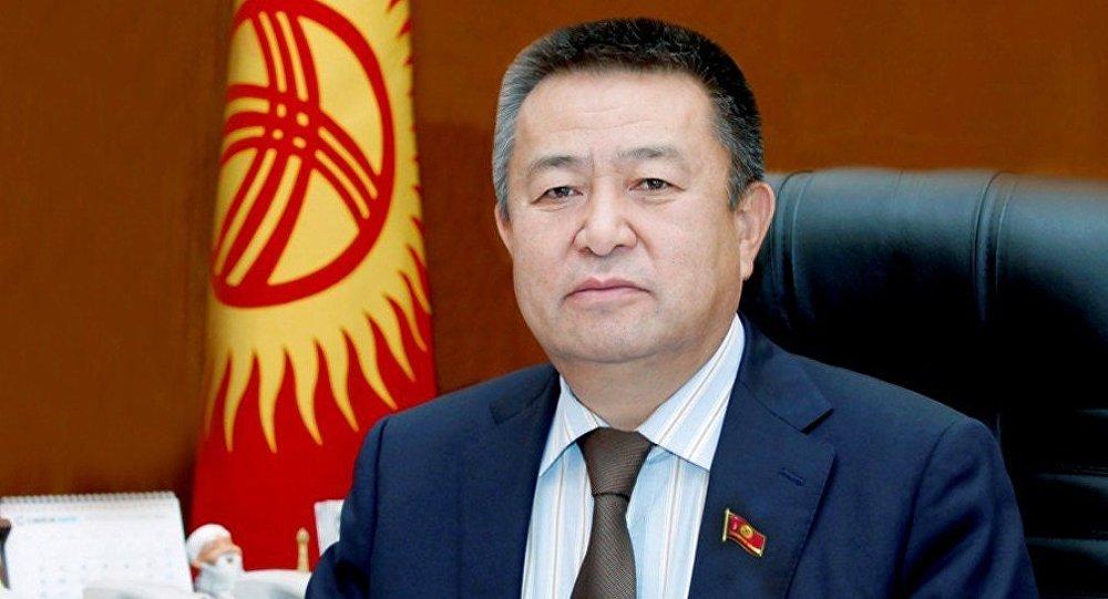 Бывший спикер Жогорку Кенеша Чыныбай Турсунбеков . Архивное фото