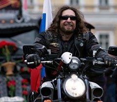 Президент Всероссийского мотоклуба Ночные волки Александр Залдостанов. Архивное фото