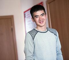 23-летний кыргызстанец из Ат-Баши Элдияр Абдымаликов во время интервью