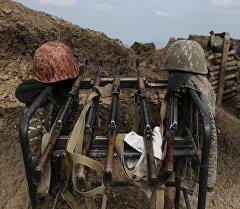 Оружие в зоне карабахского конфликта. Архивное фото