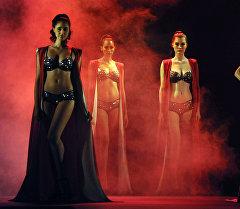 Мумбайда Triumph брендинин Glam New мода шоусу