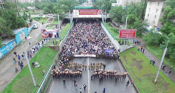 LIVE: Шествие Бессмертного полка в Бишкеке