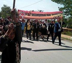 Чаткал районуна караштуу Шекафтар айылында Өлбөс полк жүрүшү