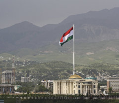Государственный флаг Таджикистана в Душанбе