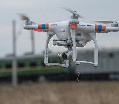 Беспилотный летательный аппарат(квадрокоптер). Архивное фото