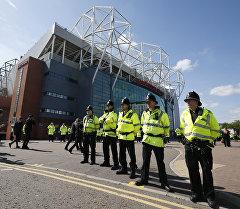 Отмена футбольного матча МЮ и Борнмута из-за угрозы теракта в Манчестере