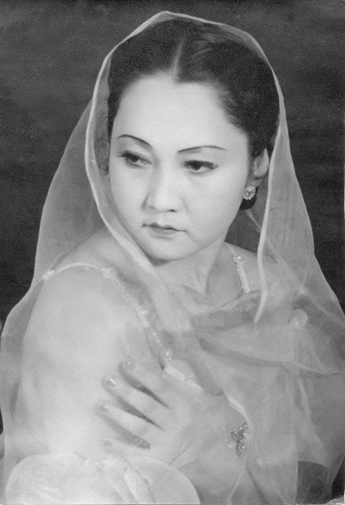 Бубусара Бейшеналиева родилась 17 мая 1926 года в селе Воронцовка