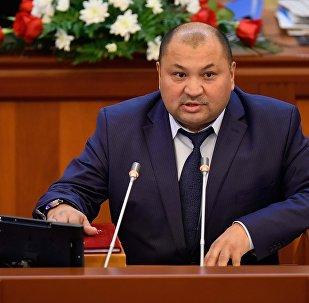 Депутат Кожобек Рыспаев. Архив