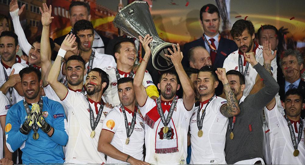 «Севилья» в 3-й раз подряд выиграла Лигу Европы