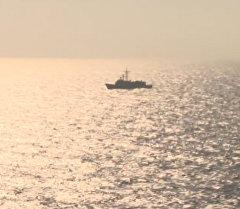 Самолеты и корабли ведут поиск пропавшего лайнера EgyptAir. Кадры операции