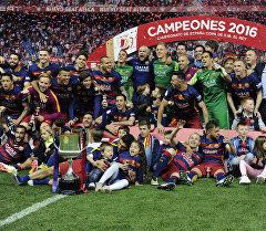 Барселона футбол клубу Испания кубогун жеңип алды.