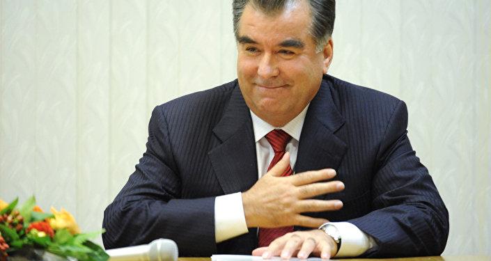 Архивное фото президента Таджикистана Эмомали Рахмона