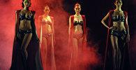 Модное шоу Glam New бренда Triumph в Мумбаи.