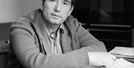 Архивное фото народного писателя КР Чингиза Айтматова