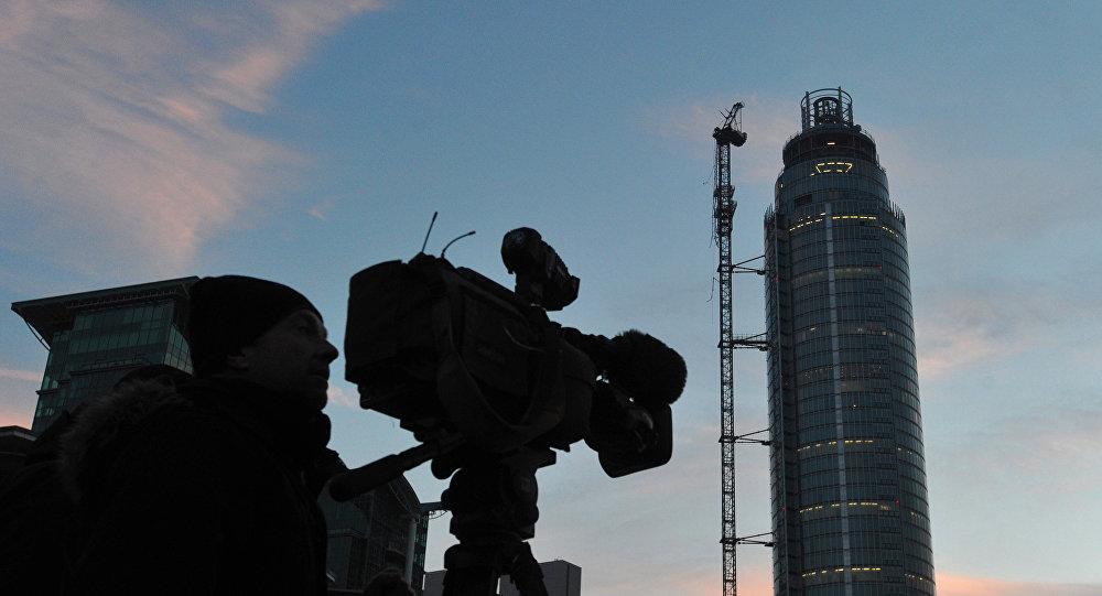 Башня St.George Wharf в Лондоне