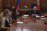 Путин поблагодарил родных погибших журналистов за просьбу помиловать Савченко