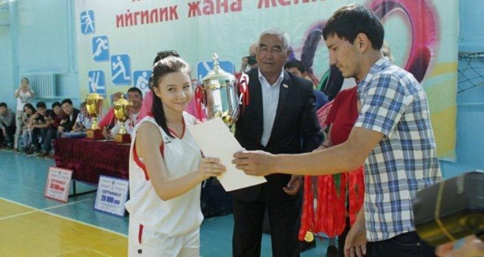 Спартакиада Бишкек жана Ош шаарларында өтүп, жети облустан 350 окуучу катышты