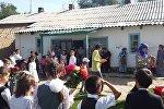 Сокулук районундагы Западное айылынын окуучулары акыркы коңгуроодо