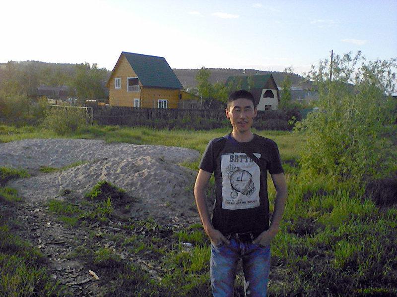 Активист Урмат Чекиров из Орловки. Архивное фото