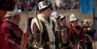 Кыргызские охотники на соревновании. Архивное фото