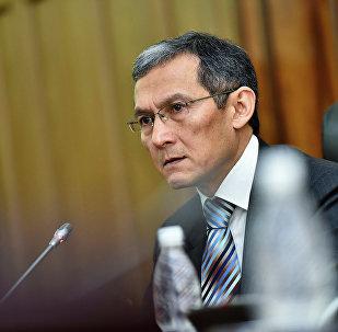 Премьер-министр КР Джоомарт Оторбаев. Архивное фото