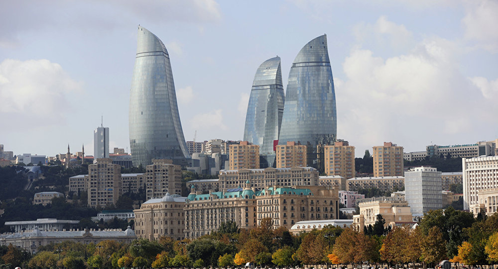 Вид на архитектурный комплекс Башни Пламени в Баку. Архивное фото