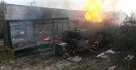 Пожар бензовоза на улице Фучика — по дороге в аэропорт Манас