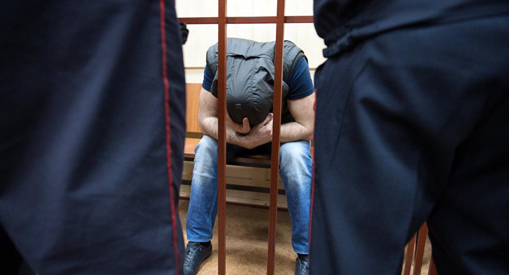 Задержанный в камере. Архивное фото