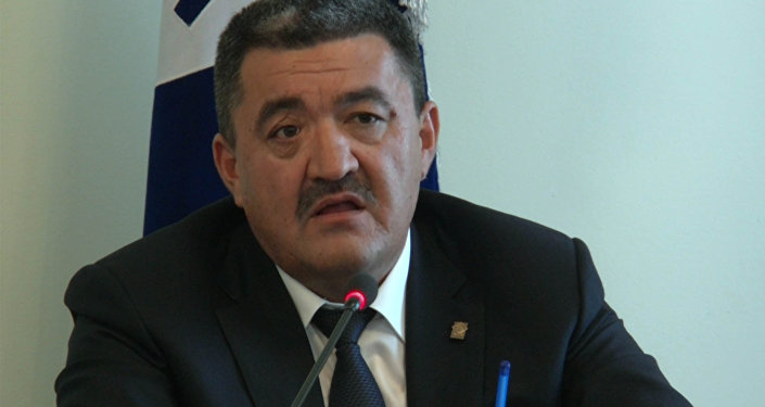 Мэр Бишкека обвинил столичных водителей в скупости