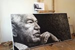 Улуу жазуучу Чыңгыз Айтматовдун жип менен мыктан жасалган портрети