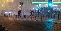 Болельщики во время беспорядков после окончания матча группового этапа чемпионата Европы по футболу - 2016 между сборными командами Англии и России в Марселе. Архивное фото