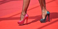 Девушка на каблуках. Архивное фото