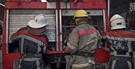 Сотрудники пожарной службы столицы во время учений. Архивное фото