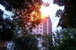 Пожар в 12-этажном строящемся доме на пересечении улиц Панфилова и Фрунзе