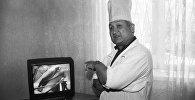 Атактуу хирург Эрнст Акрамовдун архивдик сүрөтү