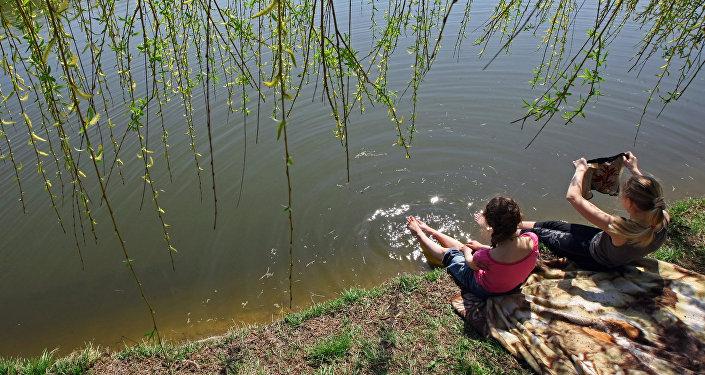 23926beaaad1a Как спасали мальчика в бассейне